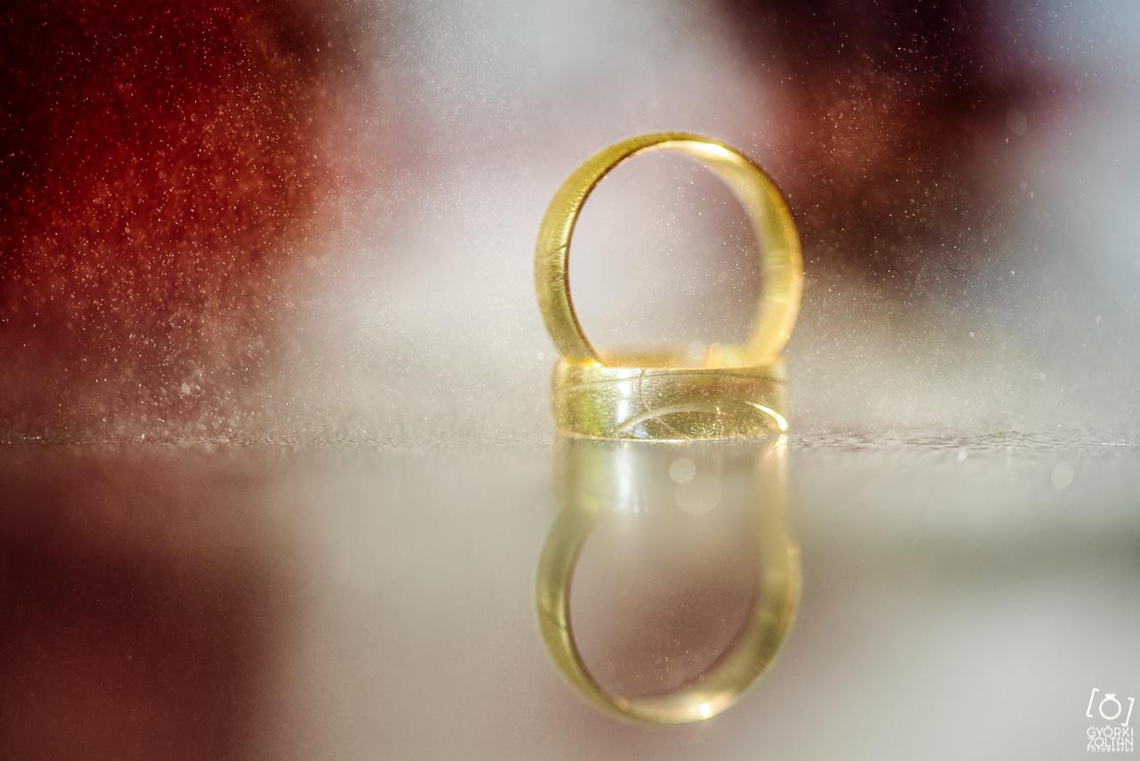 esküvői fotó gyűrűfotó
