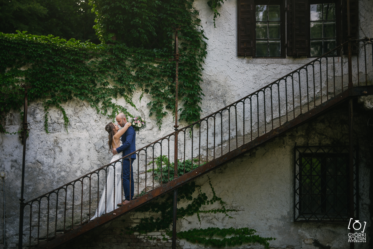 Esküvői kreatív fotózás a Sorg-villában