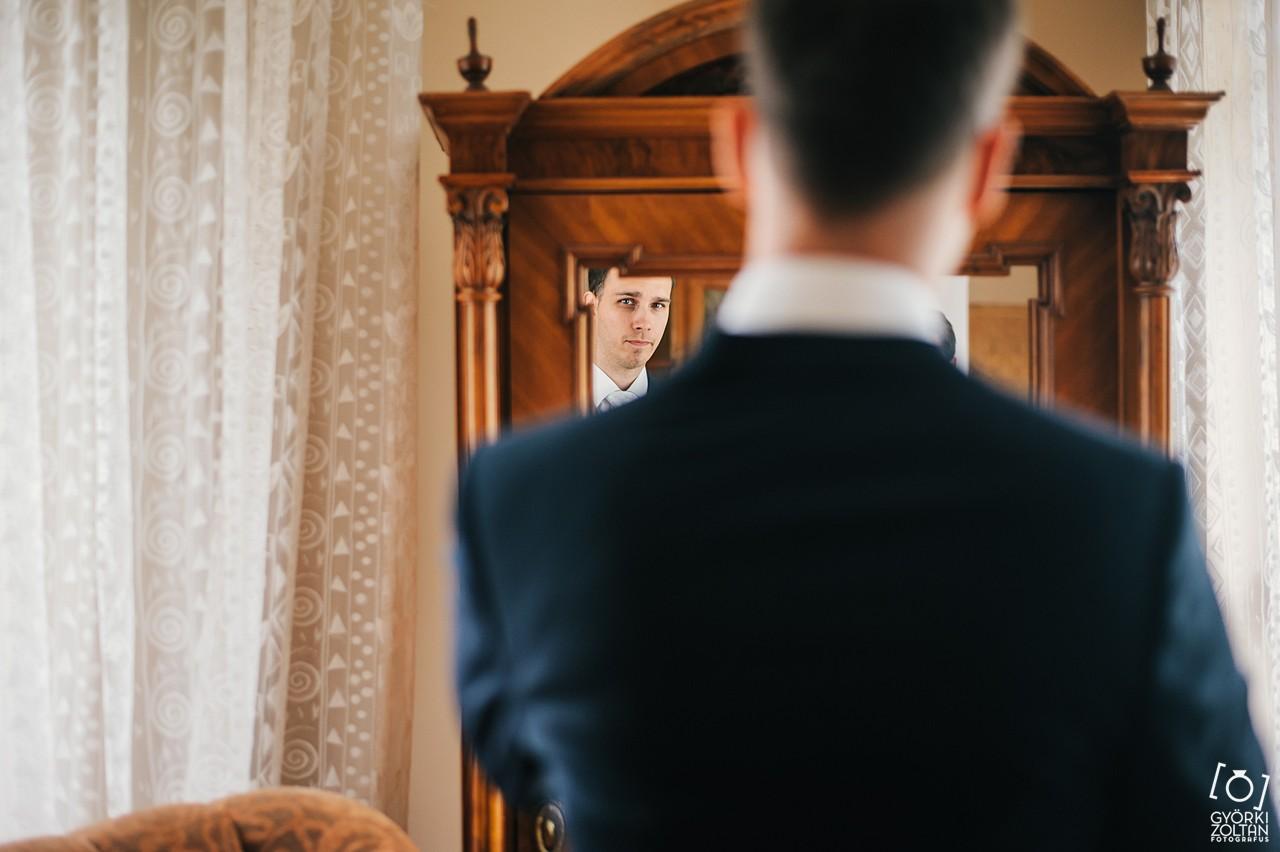 Vőlegény készülődése az esküvő előtt