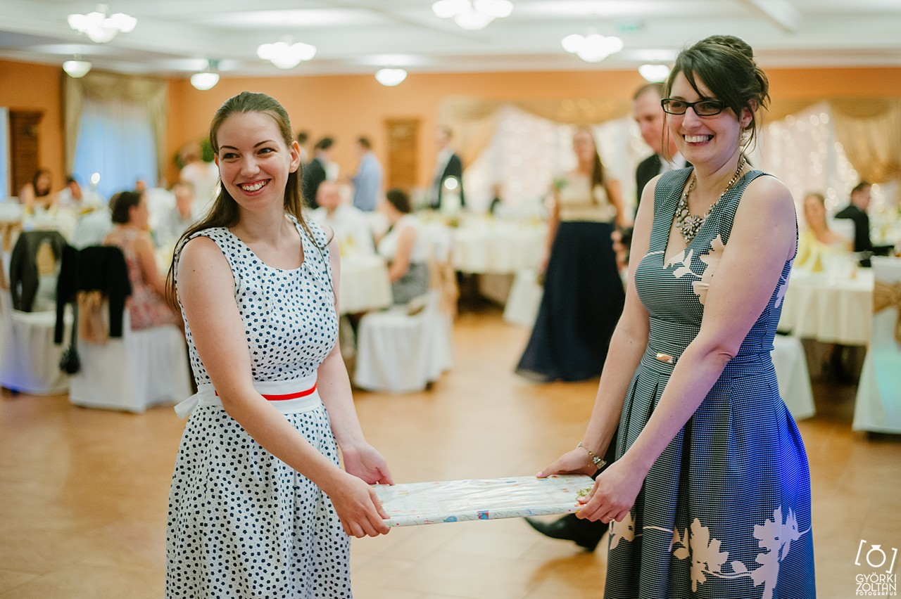 kreatív érzelmes esküvői fotó budapest vidék országszerte